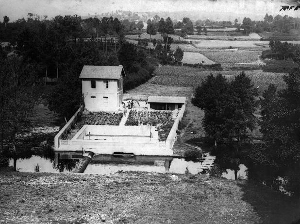 magen de la captación de Cañas en su estado en el año 1908, cuando inició su servicio
