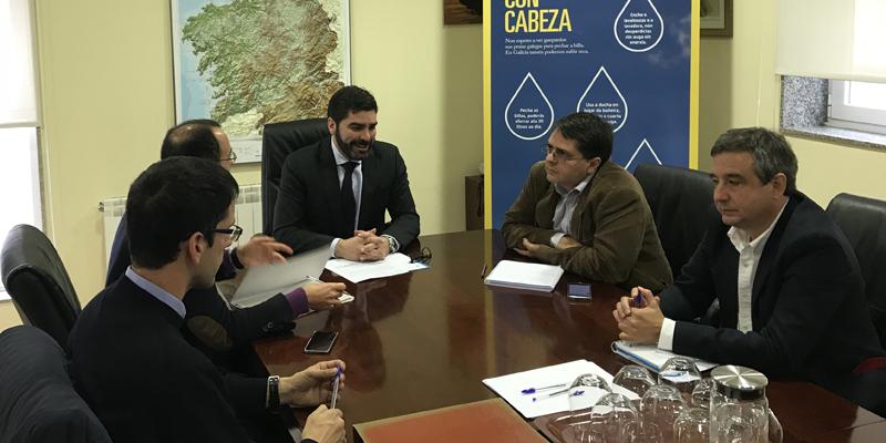 Emalcsa y Augas de Galicia acuerdan preparar el bombeo puntual de agua de Meirama para hacerle frente a la sequía
