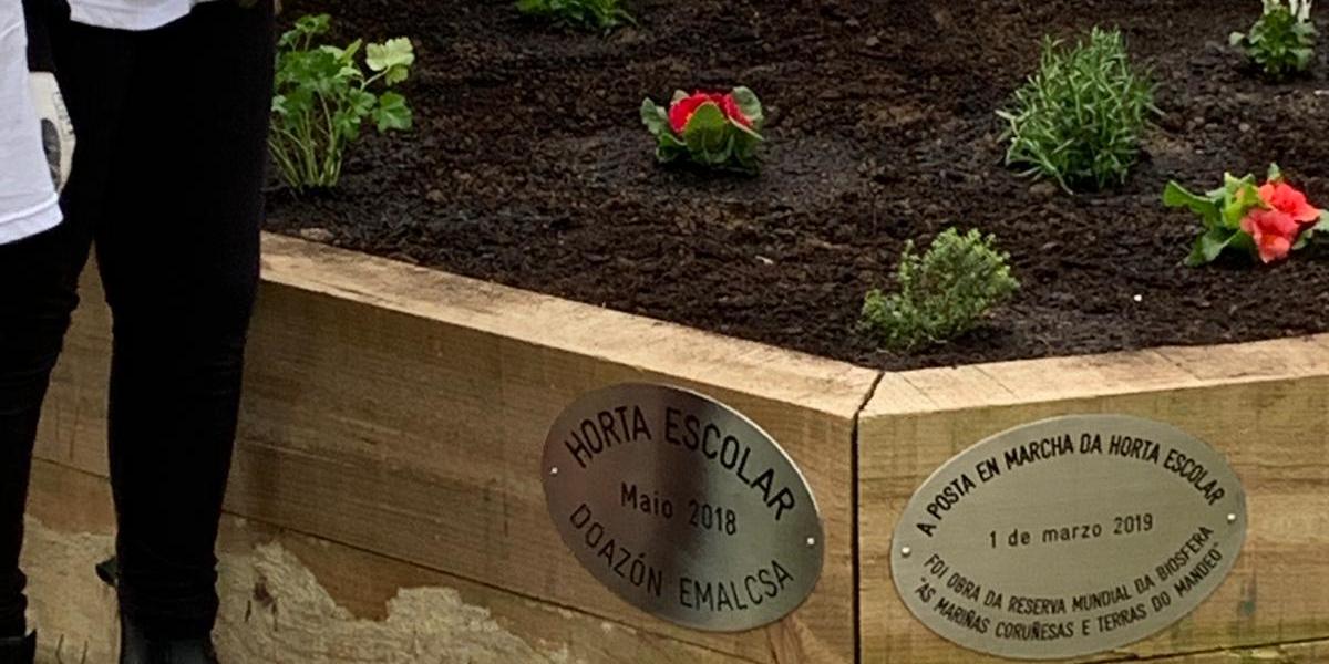 Emalcsa colabora en la creación de una huerta ecológica en el IES Rego de Trabe