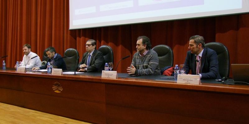 Un centenar de expertos analizan na Coruña a xestión pública da auga